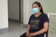 Người phụ nữ đánh công an để nhân viên 'thông chốt' kiểm soát COVID-19
