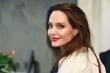 Angelina Jolie ủng hộ 1 triệu USD giúp đỡ học sinh nội trú