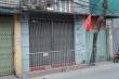 Dựng rào chắn, phong toả nhà của nam bệnh nhân dương tính SARS-CoV-2 ở Hà Nội