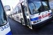 Video: Cảnh sát Mỹ kéo người không đeo khẩu trang xuống xe buýt