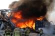 Ảnh, video: Vụ nổ 'như bom nguyên tử' làm rung chuyển thủ đô Lebanon