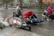 Bão số 12 đổ bộ: Di dời dân khẩn cấp, chìm tàu cá ở Khánh Hòa