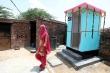 Chính trị gia Ấn Độ mất ghế vào Quốc hội vì không xây nhà vệ sinh