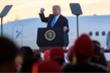 Tổng thống Trump sẽ chi 100 triệu USD tiền túi để tái tranh cử?