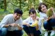 Vân Trang không ngại leo cây hái sầu riêng tặng vợ chồng Lý Hải