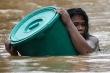 'Cuồng phong' Vamco càn quét Philippines, người chết tiếp tục tăng