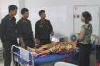 4 cảnh sát cơ động hiến máu cứu phụ nữ bị tai nạn giao thông