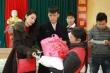 Vợ chồng Công Vinh, Thuỷ Tiên làm từ thiện ở Hà Tĩnh