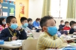 Các trường chủ động phun khử trùng, đo thân nhiệt ứng phó virus corona