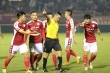 HLV Hàn Quốc bức xúc: Trọng tài xử ép như vậy, tôi phải nói với cầu thủ thế nào?