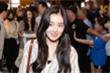 'Nữ thần đẹp nhất Kpop' Irene cùng Red Velvet rạng rỡ ở sân bay khi đến Việt Nam
