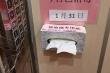 Dùng giấy ăn khô để bấm số thang máy có giảm nguy cơ lây nhiễm virus corona?