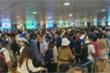 Sân bay Tân Sơn Nhất tắc nghẽn, ồn ào như chợ vỡ, ACV chỉ đạo khẩn