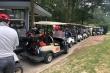 Xe điện nối đuôi nhau chở khách vào sân golf Đại Lải và Tam Đảo