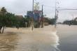 Lũ lên nhanh, dân Quảng Bình lên mạng cầu cứu