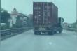 Clip: Xe container đánh võng trên Quốc lộ 5 để trốn chạy CSGT