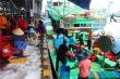 'Giải cứu' tôm cá cho tàu cứu hộ ngư dân bị Trung Quốc bắt giữ ở Hoàng Sa