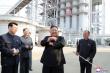 Ông Kim Jong-un xuất hiện trở lại, người dân 'hò reo như sấm dậy'
