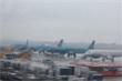 Hàng không lùi, hủy hàng chục chuyến bay vì bão số 5