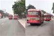 Sau va chạm, 2 xe buýt rượt đuổi, chèn ép nhau trên đường phố Nghệ An