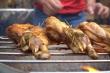 Thưởng thức món gà nướng kiểu Thái dùng 100 loại gia vị ở TP.HCM