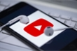 YouTube cho phép người sáng tạo kiếm tiền từ video Covid-19