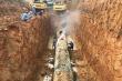 Đường ống nước sông Đà gặp sự cố, các hộ dân Hà Nội bị cắt nước