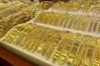 Giá vàng hôm nay 18/11: Ngóng thông tin COVID-19, vàng biến động nhẹ