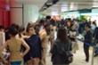 Thí sinh 'Hoa hậu Trung Quốc' phải mặc bikini diễn ở trung tâm mua sắm