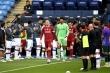 Ảnh: Liverpool thua thảm trong ngày được Man City xếp hàng chào đón