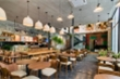 Có 1 tỷ đồng, nên mua nhà hay mở quán cafe?