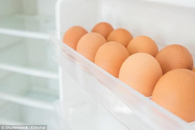 Bảo quản trứng trong tủ lạnh: Vì sao không nên để ở cánh cửa